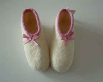 "Felt shoes ""Tilda ribbons"""