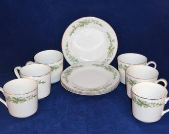 Creative Manor Garlands of Glory Cups and Plates, 6 Cups and 4 Small Plates