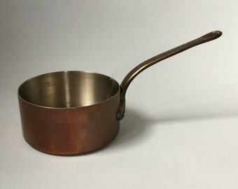 Vintage copper saucepan, Tin lined, Large sauce pan, Cooking pot