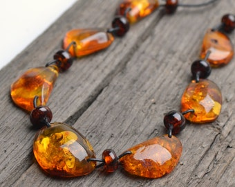 Elegant Vintage Amber Necklace for Woman - Handmade Amber Jewelry - Authentic Baltic Amber Necklace