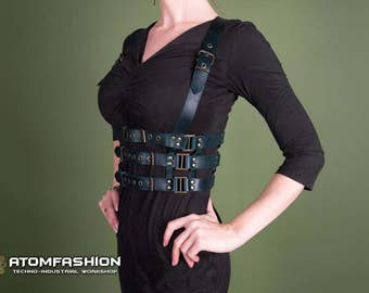Turquoise cell woman leather harness