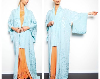 S.U.P.E.R S.A.L.E. was 175 now 100 ice blue silk vintage 50s/60s midcentury kimono harori haori maxi full length robe dress