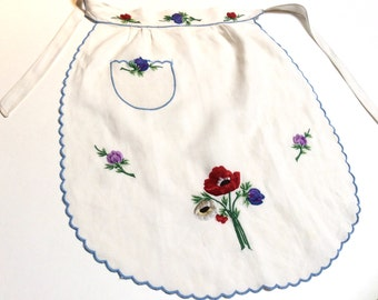 Vintage Apron, Embroidered Linen Apron, Half Apron in Linen with Embroidered Anemones, Hostess Apron