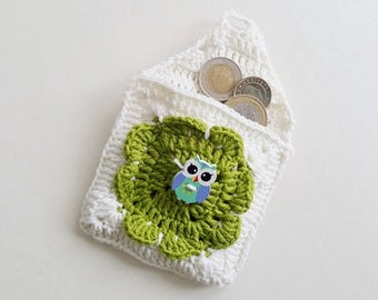 """White Green and OWL Crochet coin purse  - 8,5 cm (3.35""""), childs money purse, crochet small purse, credit card purse,  cards small purse,"""