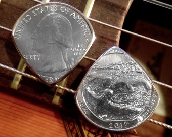 2017 USA Quarter Coin Guitar Pick | Birthday, Anniversary, Graduation, Christmas - The perfect personalized Men's & Women's gift