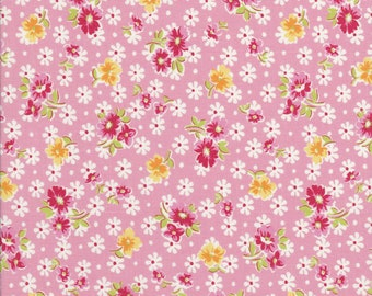 Old New 30s - Lecien Fabric - Reproduction Fabric - Small Floral Fabric - Pink Floral Fabric