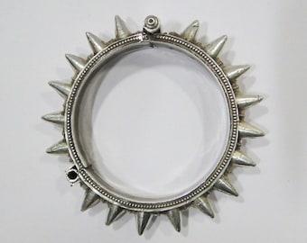 Vintage Antique Ethnic Tribal 925 Sterling Silver Spiked Hinge Bracelet Bangle