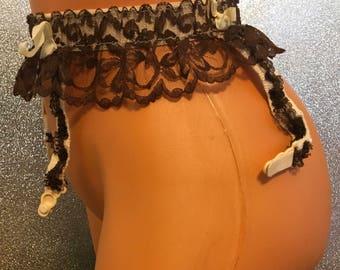 Vintage 70's rhumba style garter belt