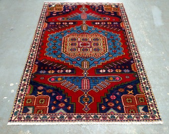1990s Hand-Knotted Wiss/Viss Persian Rug (3600)