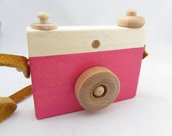 FREE SHIPPING  - pink glitter wooden camera toy - pink glitter coloured toy camera - Pink Glitter wood camera - Girly camera