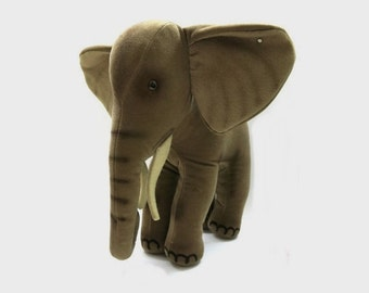 Steiff Elephant Trampy XL - 11 Inch! /  Vintage with Button