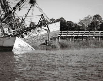 Ship wreck, black and white photograph, decorative print