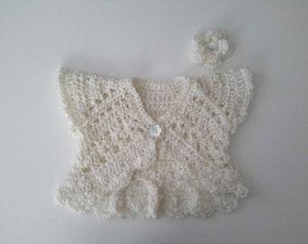 Lace baby sweater jacket, cream baby Baptism Christening sweater cardigan, short baby bolero, baby girl shower gift present. 0-3-5 months.