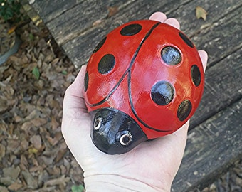 Large Lady Bug Garden Statue/Figurine/Paperweight of Cement/Concrete  for indoor or outdoor display