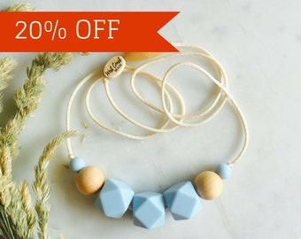 Minimalist Nursing Necklace, Modern Chewable Necklace, Natural Maple Wood and Silicone Bead Necklace, Baby – Aqua – Myra