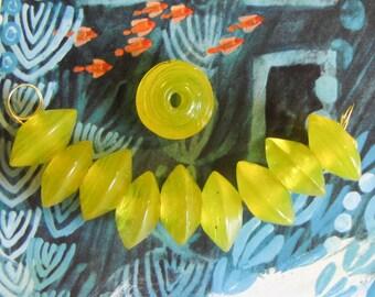10 pcs glass bead lens yellow transparent 18 mm