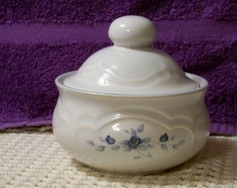Vintage Pfaltzgraff Poetry Lidded Bowl