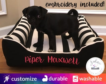 Black and White Stripe Dog Bed or Cat Bed | Pink, dramatic, Stripe, personalized | Flippable, Washable & High Quality