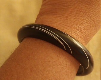 Vintage Black And White Painted Wood Bangle Bracelet