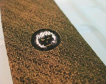 Golden Green Skinny Tie - Lion Icon - Mod Mad Men VERY Skinny Tie