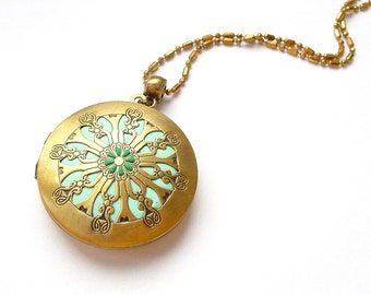 Green mandala locket necklace vintage jewelry, best Birthday gift for her. Unique jewelry mandala necklace photo locket polymer clay jewelry