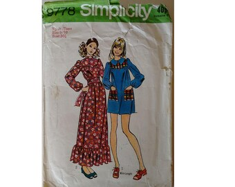 Simplicity 9778 Vintage 70's Young Junior Teens' Boho Peasant Dress Pattern in Two Lengths and Sash Bust 30.5""
