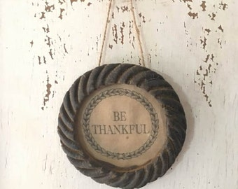Primitive Beeswax Frame - Be Thankful