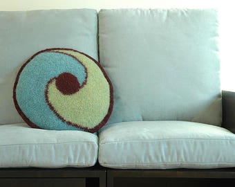 Aqua Swirl Pillow Pattern for Hand-Knitters