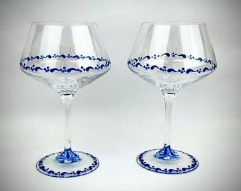 2 blue painted wine glasses hand painted wine glass blue wine glasses unique