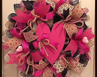 Valentine Pink Burlap Deco Mesh Wreath/Valentine Wreath/Burlap Wreath/Pink Burlap Valentine Wreath/Pink Valentine Wreath