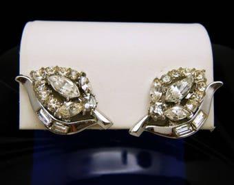 Vintage Crown Trifari Pat Pend Clear Rhinestone Earrings Silver Tone