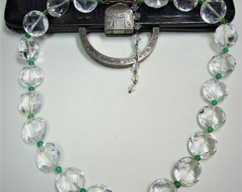 "Vintage clear glass & green beads necklace 16"" L"