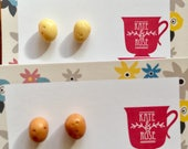 Potato - potatoe - Potato studs - potato earrings - Potatoe studs -  vegan studs - polymer clay studs -  food jewellery