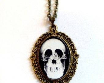 skull bronze picture pendant necklace goth vintage steampunk