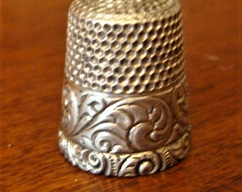 Antique Louis XV Sterling Silver Thimble