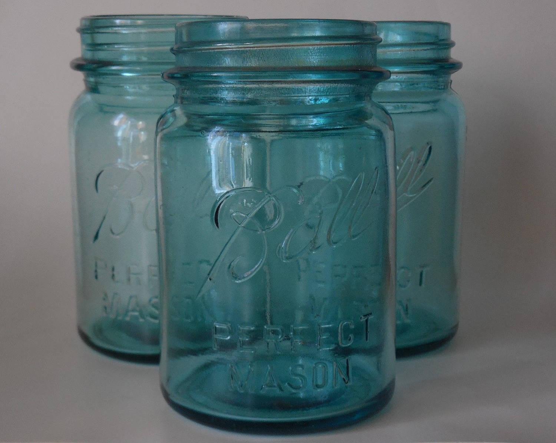 one mason jar antique blue ball jar pint size jars ball. Black Bedroom Furniture Sets. Home Design Ideas