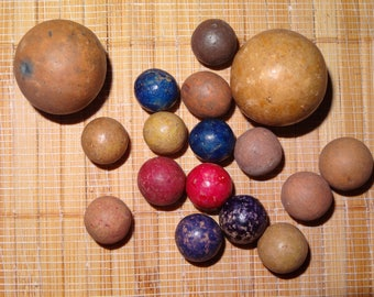 Lot of 17 Vintage Marbles / Clay Marbles / Game Marbles / Antique Marbles / Toy Marbles / Collectible Marbles / Craft Supplies