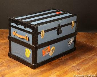 Blue flat trunk R2210
