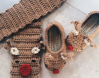 Reindeer Set: toddler slippers and scarf - crochet scarf and slippers gift set
