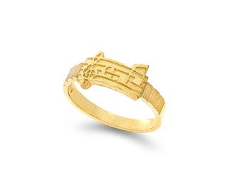 14k gold music note ring. music ring, musical ring.