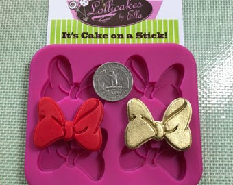 4 pc Minnie Mouse Bow Topper