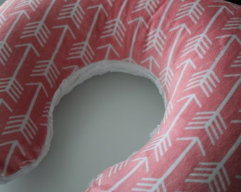 Coral and White Arrow Minky Boppy Pillow Cover, Zipper Closure, Baby Girl, Baby Shower, Feeding, Nursing, Aztec, Tee Pee