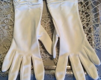 Vintage Gloves above Wrist White Gathered-Day or Evening-Nylon Vintage Accessories