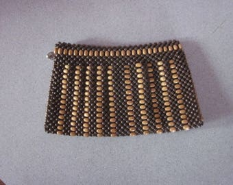 1930s Brown and Tan Wood Bead Clutch Pocketbook