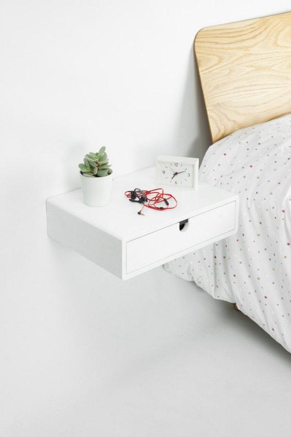 Mesita de noche flotante blanca con 1 caj n en madera maciza for Mesita noche colgante