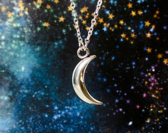 Moon necklace - Crescent moon necklace - Shiny silver moon pendant - Celestial jewellery - New moon - Stocking filler - Secret Santa - UK