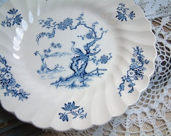 Set of 8 vintage english blue transferware dessert plates. Exotic birds. Blue transferware Chinoiserie style dessert plates. Cottage style