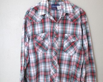 vintage wrangler 1970's western cut plaid red & green pearl snap button up shirt *