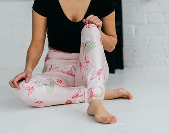 Pink Flamingo yoga leggings