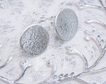 Sterling Silver Stud Earrings, Hammered Sterling Silver Disc Earrings, Round Sterling Silver Stud Earrings in Hammered Finish Made To Order